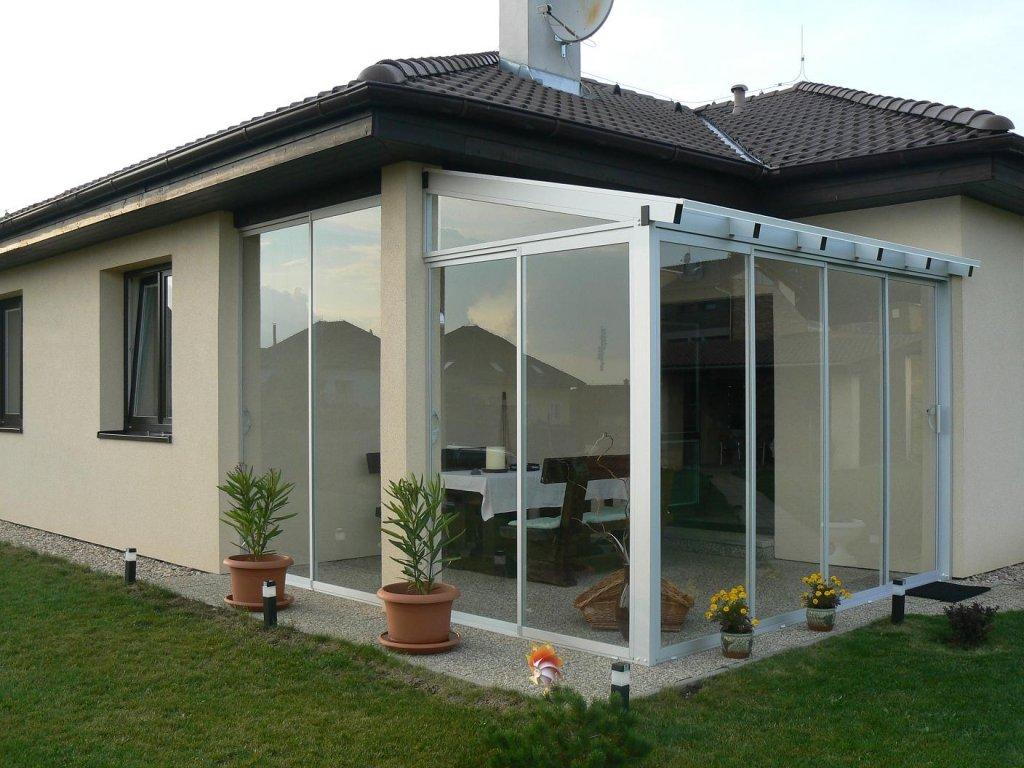 закрытая терраса с односкатной крышей