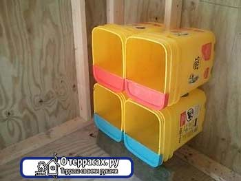 контейнер для мусора для гнездовья